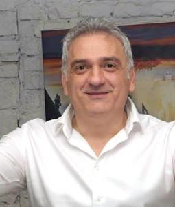 Milan Nikolić Izano